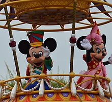 Disney Mickey Mouse Disney Minnie Mouse by notheothereye