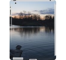 Cool Blue Ripples - Lake Shore Eventide iPad Case/Skin