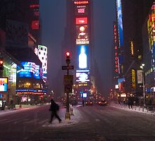 Snow Times Square by andykazie