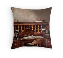 Accountant - Accounting Firm Throw Pillow