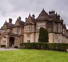 Muckross house by mikeloughlin