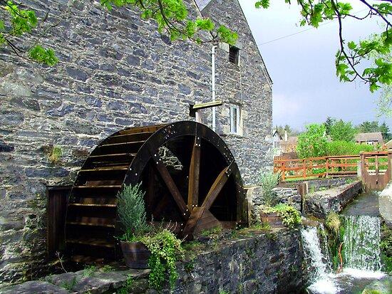 Blair Atholl Water Mill by Tom Gomez