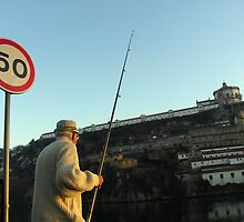 Pescador by Luis Raposo