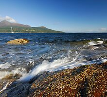 Brodick Bay, Isle of Arran by Richard Ion