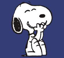Smiling Snoopy  by Nikaios