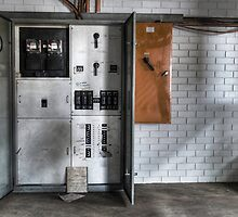 Power Box by palmerphoto