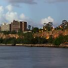 Kangaroo Point Cliffes by aperture