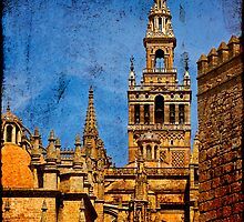 La Giralda de Sevilla by anthonyguinness