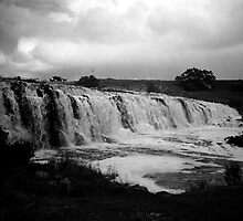 hopkins falls - warrnambool, victoria, australia by Kane Horwill