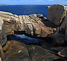 TORNDIRRUP NATIONAL PARK Natural Bridge by Eve Parry