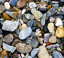 Beach coloured stones by hoboroad
