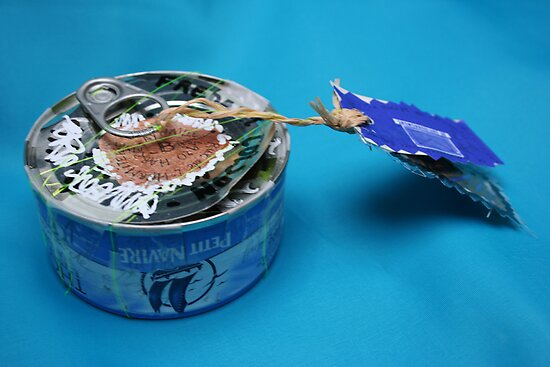 Mail art = Tuna Box, Tuna Book ! by Pascale Baud