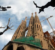 SAGRADA FAMILIA                                                                                             by robshakespeare