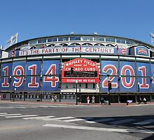 Chicago Wrigley Field by mvpaskvan