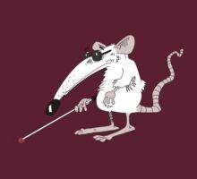 An blind mouse. T-Shirt