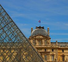 Musee du Louvre by cherryannette
