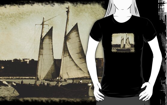 In The Harbour Tee by Scott Ruhs
