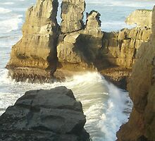 Pancake Rocks by skyhorse