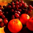 Grapes and Tangerines by gregAllore