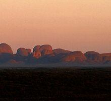 Morning light, Kata Tjuta by Doug Thost