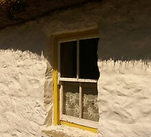 the cottage window ... by SNAPPYDAVE