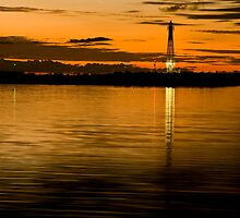 Hillarys boat harbour lighthouse by LukeAustin