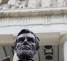 Lincoln Statue. Buffalo, New York. by Richard Peevers