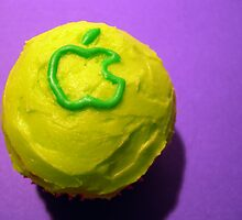 mac cupcake by Kate Kowald