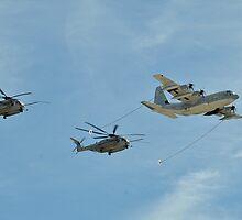 Aerial Refueling by Eleu Tabares