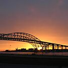 Bluewater Bridge at Sunrise by gharris