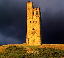 Castle Hill - Huddersfield West Yorkshire by Glen Allen