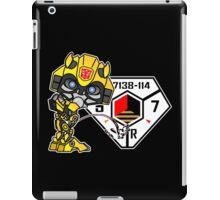 Bumblebee Peeing - Sector 7 v2 iPad Case/Skin