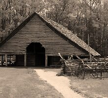 Shotgun Barn II by Gary L   Suddath