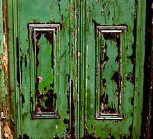 green door ... by SNAPPYDAVE