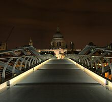 London - St Pauls Cathedral by duroo