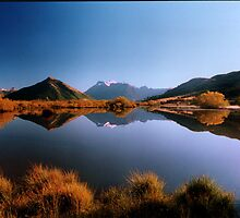 Glenorchy - Early Morning by zoopita