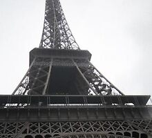 Eifel Tower by horizoncarrie