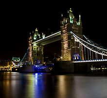Tower Bridge by liberthine01