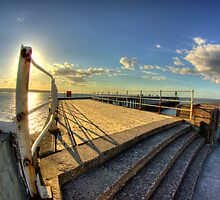 Whitby Pier HDR by Screwdriver