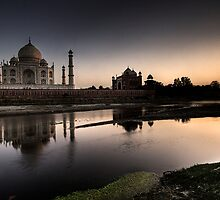 Sunset Taj.  by DaveBassett