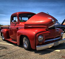 1952 International Pickup Lowrider by kenmo