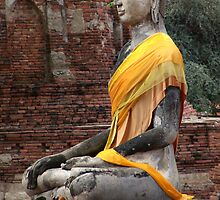 Buddha And Ruins by Dave Lloyd