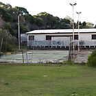 tennis court in Coogee by yewenyi