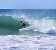 Scooping into the barrell at Mullaloo by gamo