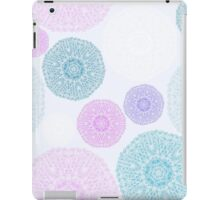 Monochrome pattern with snowflakes iPad Case/Skin