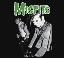 THE MISFITS Live 1982 T-Shirt by betaville