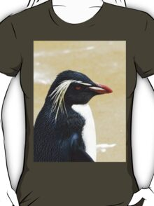 Rockhopper penguin  T-Shirt