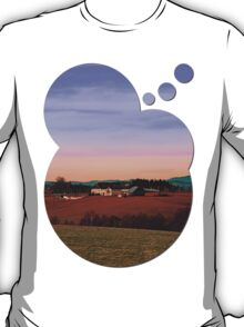 Countryside panorama in beautiful sunset colors | landscape photography T-Shirt
