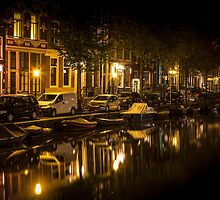 Amsterdam night: canal in Red District by enolabrain