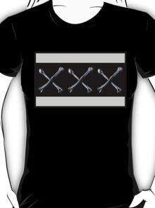 XXX Bones , Traditional Tattoo Skeleton Anatomy Design Drawing T-Shirt